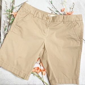 J Crew Bermuda khaki walking shorts N0405